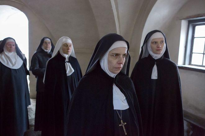 """Kadr z filmu """"Niewinne"""""""