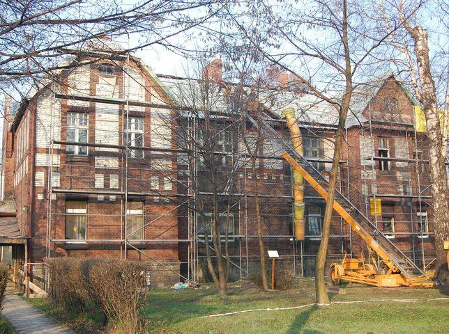 Przebudowa biblioteki ma się zakończyć jeszcze w tym roku.