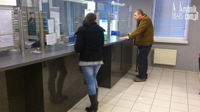 W kasach bankowych w magistracie są pobierane prowizje za dokonane wpłaty