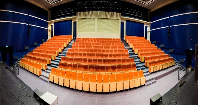Wnętrze Centrum Kulturalno-Edukacyjnego w Czerwionce