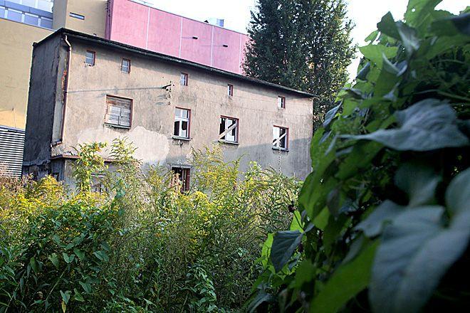 W przyszłym roku ten straszący budynek ma zostać zburzony.