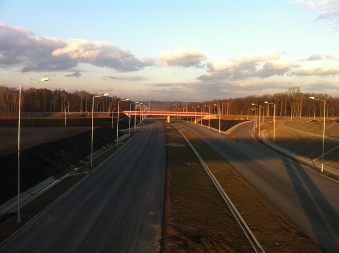 Tak wygląda autostradowy węzeł w Gorzyczkach, ostatni przed granicą z Czechami