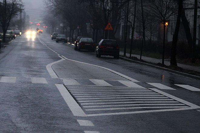 W najbliższy weekend kierowcy powinni jeździć już po wyremontowanej jezdni ulicy Wyzwolenia