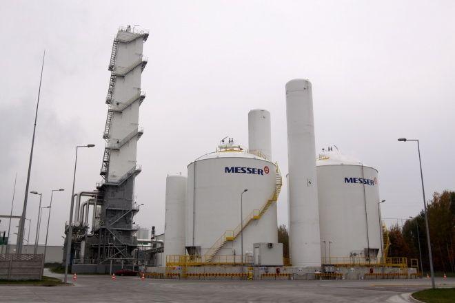 Ostatnim, otartym na terenie strefy przy elektrowni zakładem jest wytwórnia gazów skroplonych firmy Messer. Zakład powstał w 2009 roku