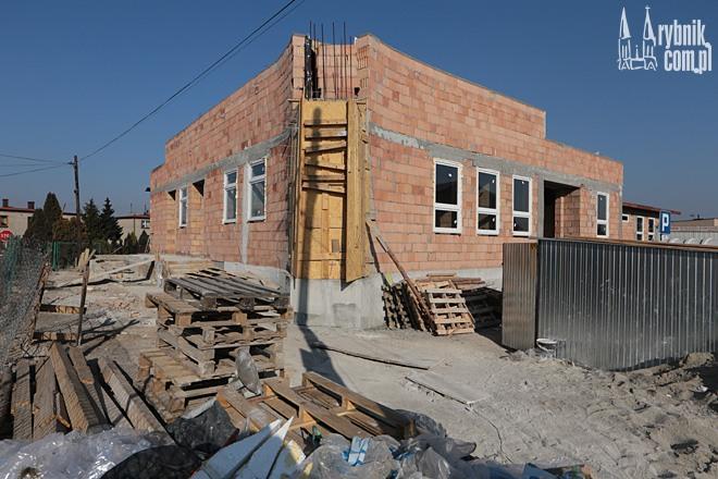 Nowe przedszkole w Jejkowicach powstaje przy ulicy Szkolnej, niedaleko gimnazjum i szkoły podstawowej