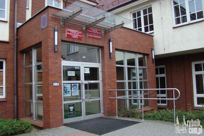 W tym budynku od października nie będą się kształcić studenci UŚ