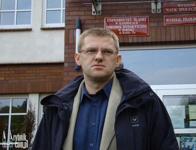 """Najnowsza książka autorstwa dr. hab. Zbigniewa Kadłubka to """"99 książek, czyli mały kanon górnośląski"""""""