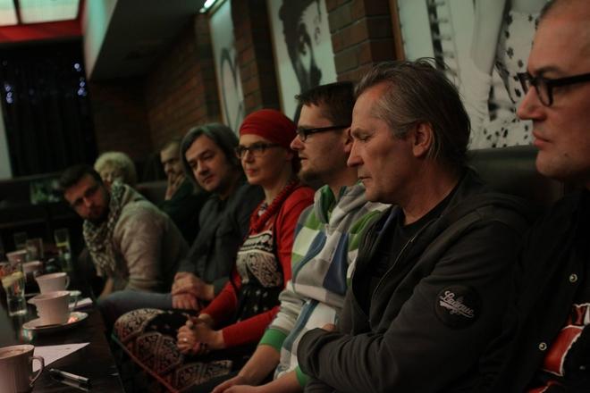 Udział w debacie licznie wzięli artyści, animatorzy kultury i dziennikarze