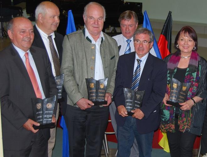 Jacques Beaulieu (pierwszy z prawej) wspólnie z przedstawicielami innych miast partnerskich Rybnika podczas ubiegłorocznych Dni Rybnika