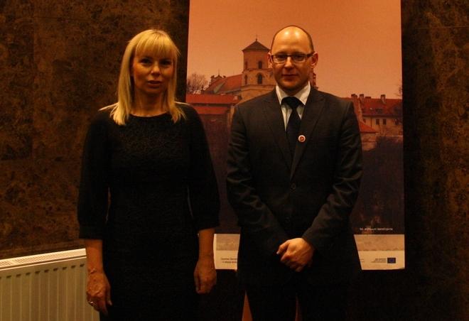Minister Elżbieta Bieńkowska i Piotr Masłowski