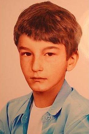 Zdjęcie zakładające progresje wiekową Mateusza Domaradzkiego -  przypuszczalny wygląd w wieku 12 lat (2009)