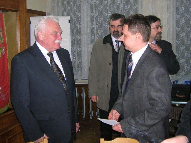 Czy zabiegi naszych polityków okażą się skuteczne? Na zdjęciu Antoni Motyczka i Marek Krząkała.
