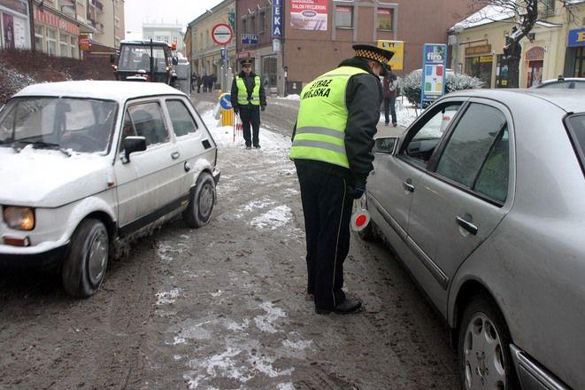 Gdy z ulicy Raciborskiej zniknęli strażnicy, na rynku zrobiła się samowolka.