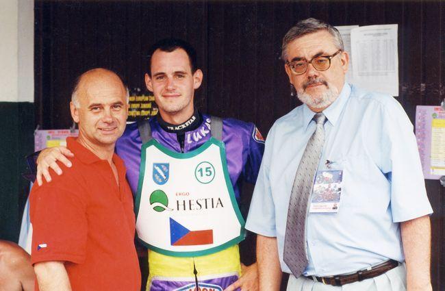Żużel był największą pasją Andrzeja Skulskiego (z prawej)