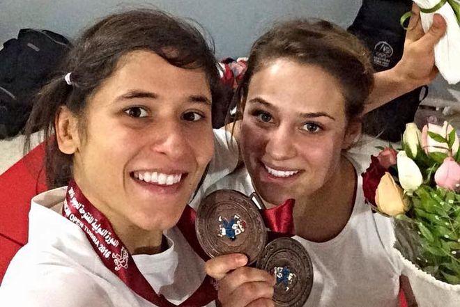Agata Perenc z koleżanką z kadry Arletą Podolak, która w Tunisie również zdobyła brąz (57 kg)