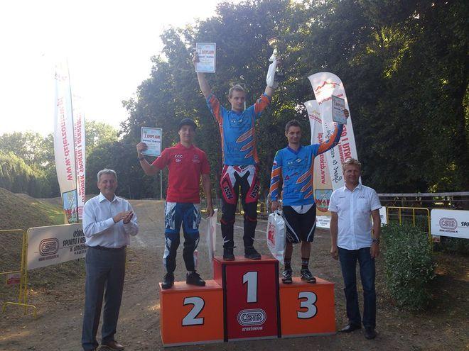 Bartosz Giemza na drugim stopniu podium