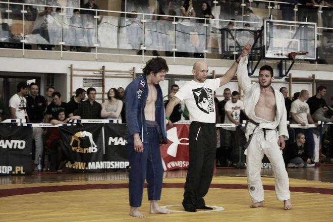 Robert Henek po zwycięskiej walce