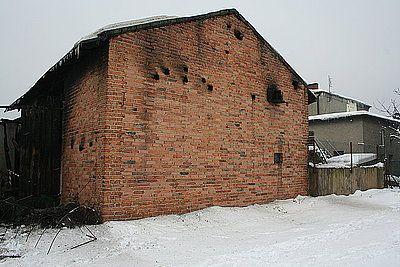 Jedna ze spalonych stodół w Jejkowicach