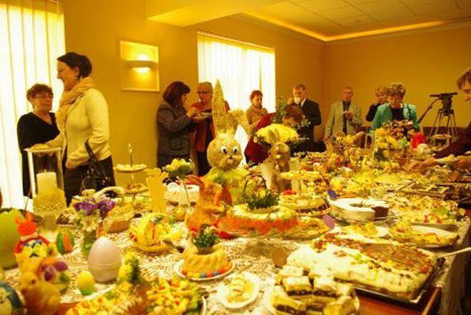 Panie z Koła Gospodyń Wiejskich przygotowały wielkanocne potrawy