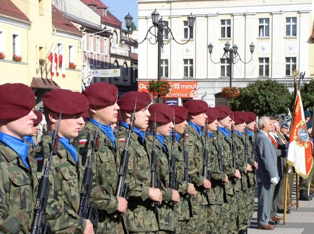 Obchody Dnia Wojska Polskiego co roku przybierają uroczysty charakter