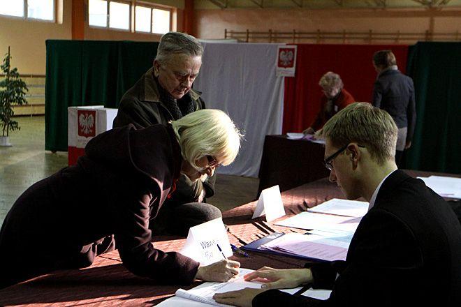 Jadwiga i Wojciech Bronowscy głosowali w Zespole nr 3 na Nowinach