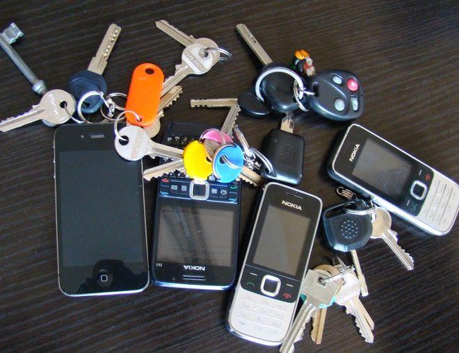 W Biurze Rzeczy Znalezionych najwięcej znaleźć można kluczyków do samochodu i telefonów komórkowych.