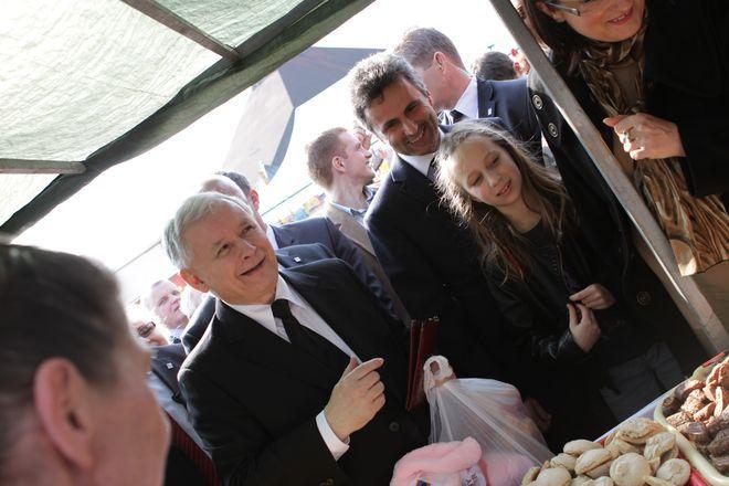Prezes PiS-u odwiedził też odpustowe stragany w Czerwionce.