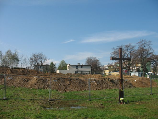 Być może już w przyszłym tygodniu ekipa budowlana zacznie kopać fundamenty pod kościół.