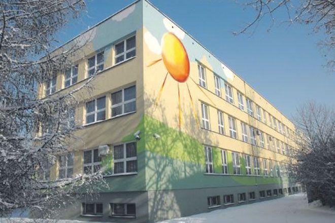 W ramach projektu ocieplono cztery szkoły w Rybniku, ale będą kolejne.