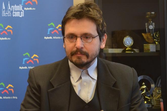 Dr Bartosz Mazur