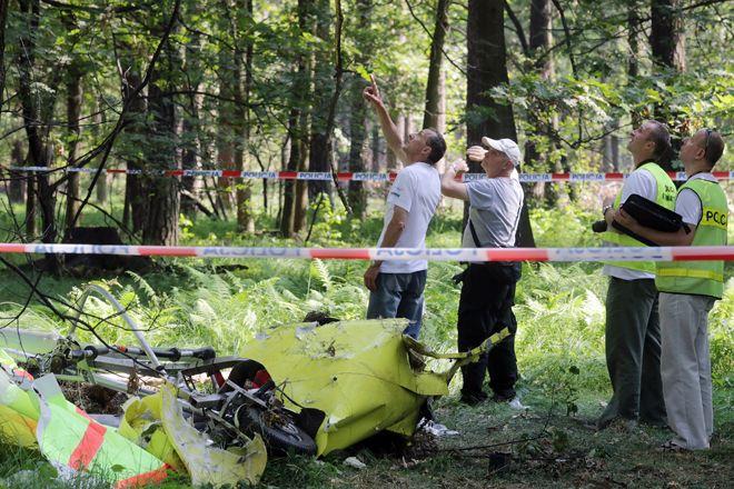 W środę miejsce wypadku badali eksperci z Państwowej Komisji Badania Wypadków Lotniczych