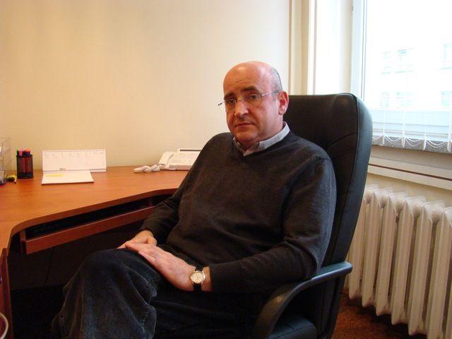 Dyrektor szpitala Tomasz Zejer liczy na obniżenie kosztów funkcjonowania lecznicy