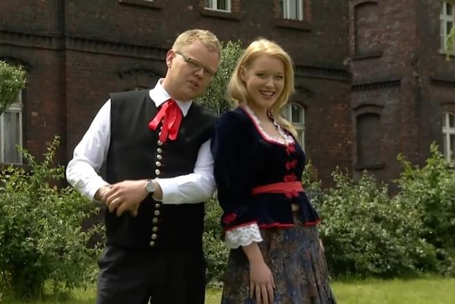 Kadr z teledysku ''Ślonzoczki''